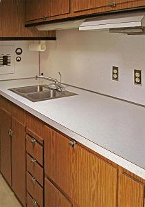 Click image for larger version  Name:galley.jpg Views:194 Size:78.5 KB ID:3505