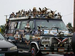 Click image for larger version  Name:eagle bus.jpg Views:194 Size:24.1 KB ID:3561