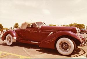 Click image for larger version  Name:B4-Chester's 1935 Auburn.jpg Views:223 Size:16.3 KB ID:4276