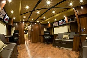 Click image for larger version  Name:Featherlite Interior M-Rear-Lounge-Alt.jpg Views:221 Size:62.1 KB ID:3706