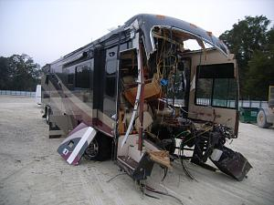 Click image for larger version  Name:Wasted Front Damaged RMR Monocoque Motorhome Passenger Side.JPG Views:333 Size:94.3 KB ID:3602
